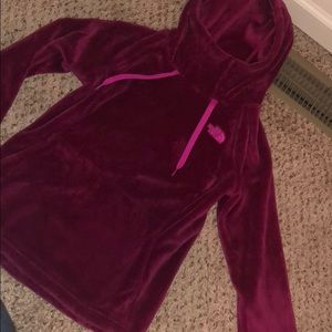 Like new North Face hoodie, cowl neck